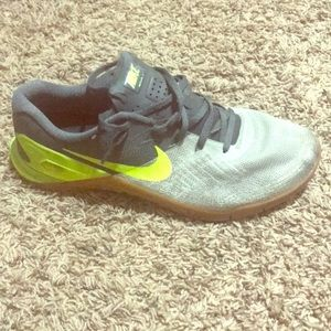Nike Metcon 3 training shoe size 9.5